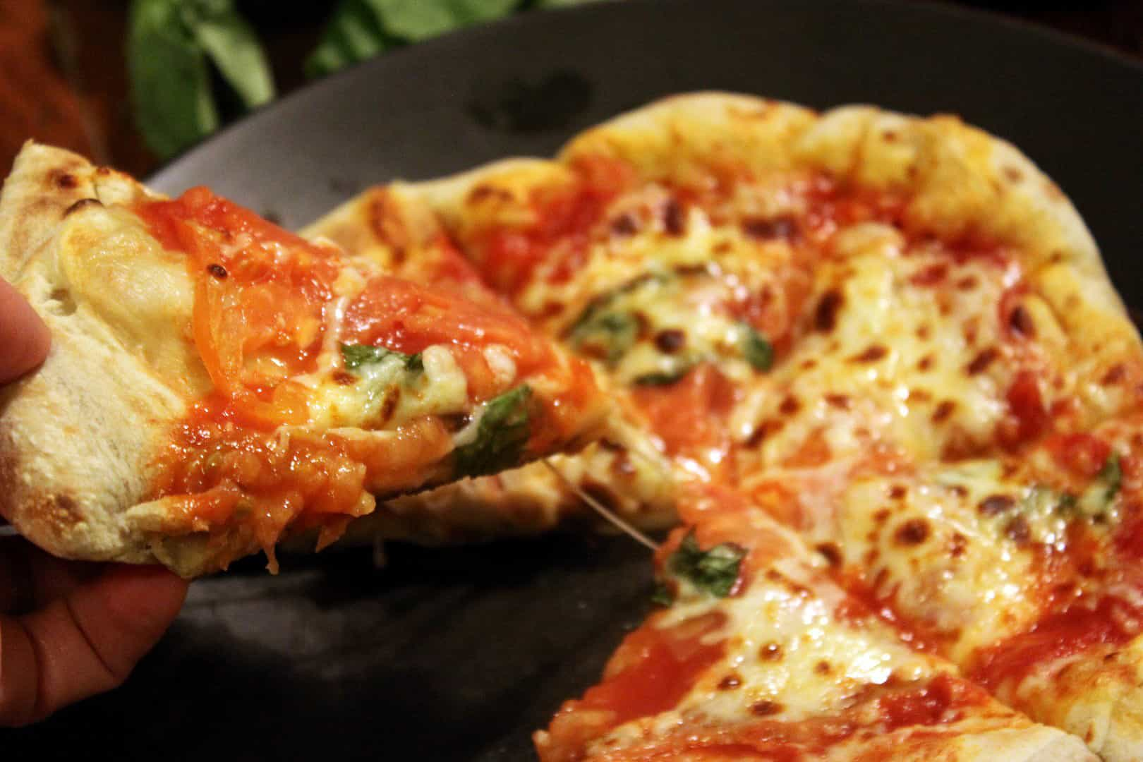5 Minute Oven Neapolitan-Style Pizza. Seriously.