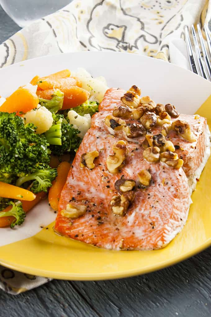 This 4-ingredient salmon dish takes just 10 minutes and is loaded with Omega-3s