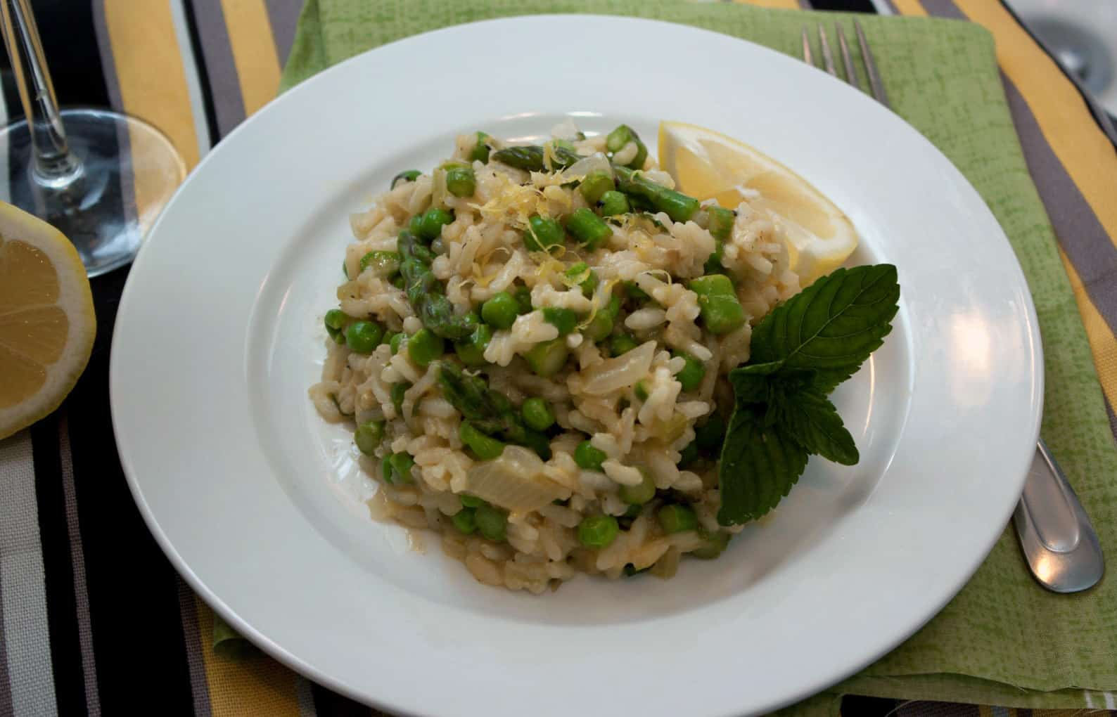 Lemony Risotto with Asparagus and Peas