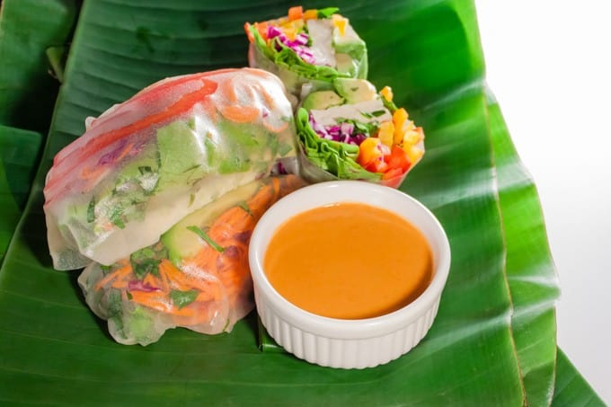 Vegan Vietnamese summer rolls with spicy peanut sauce