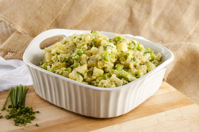 Herbed vegan potato salad