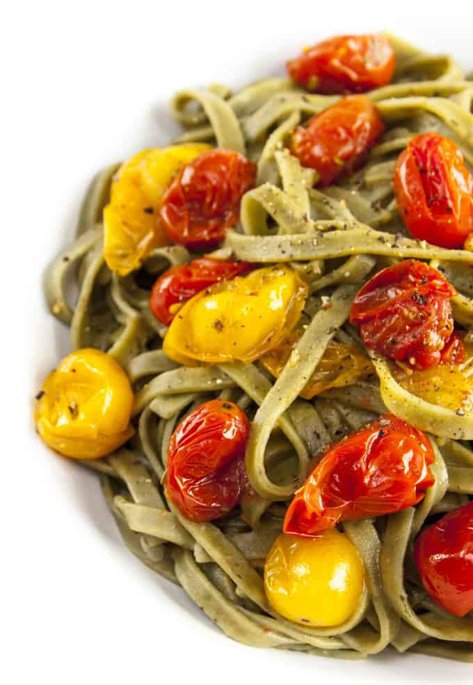 Rosemary fettuccini with roasted tomatoes