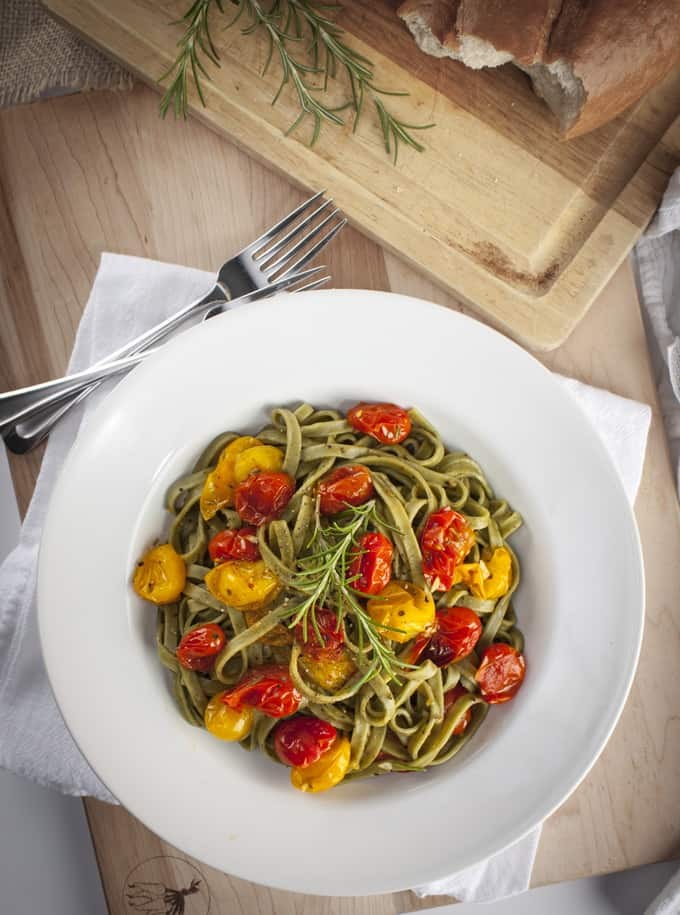 Rosemary pasta with roasted tomatoes