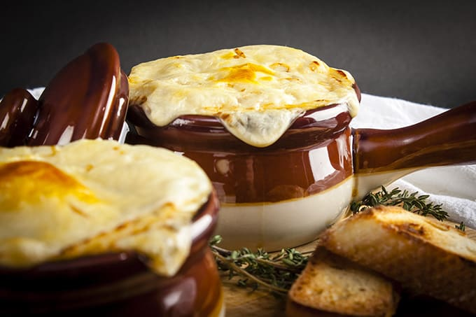 The best technique for perfect French Onion Soup - low calorie and vegetarian