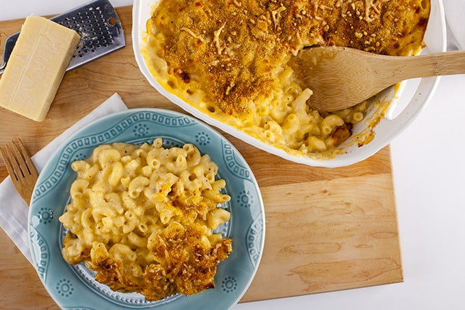 Baked Macaroni and Cheese under 350 calories a serving