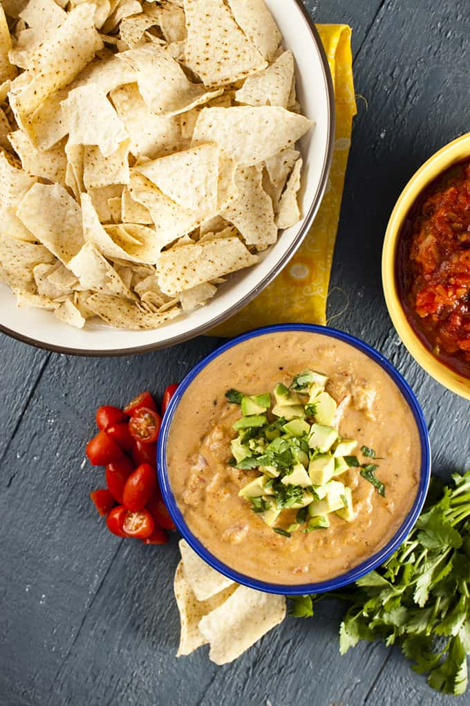 Creamy, cheesy-tasting Vegan queso dip