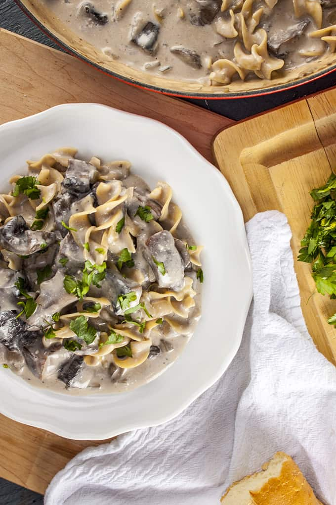 This creamy mushroom stroganoff is vegetarin and low calorie