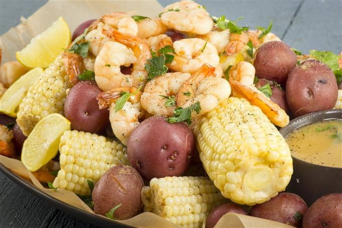 The best parts of a shrimp boil in your own kitchen