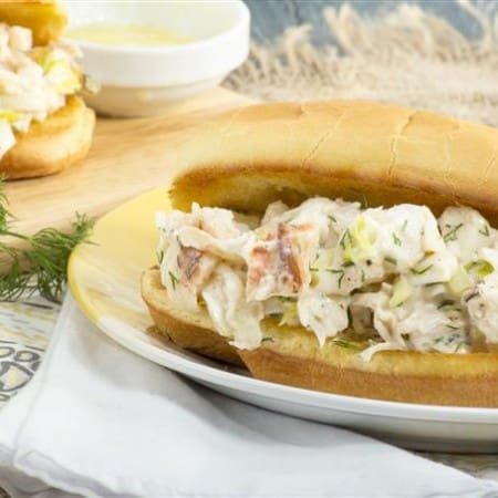 Quick and Easy Dill Lobster Roll