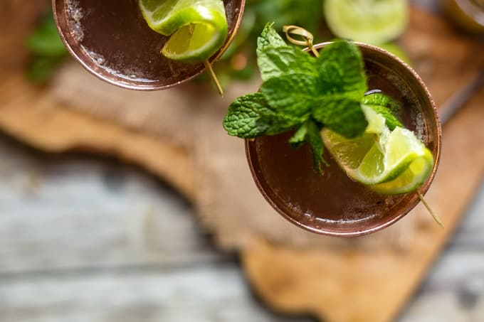 Super refreshing champagne mules are the drink of the summer